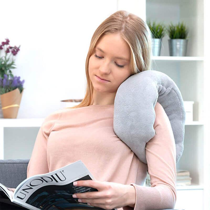 Pripomoček za masažo vratu